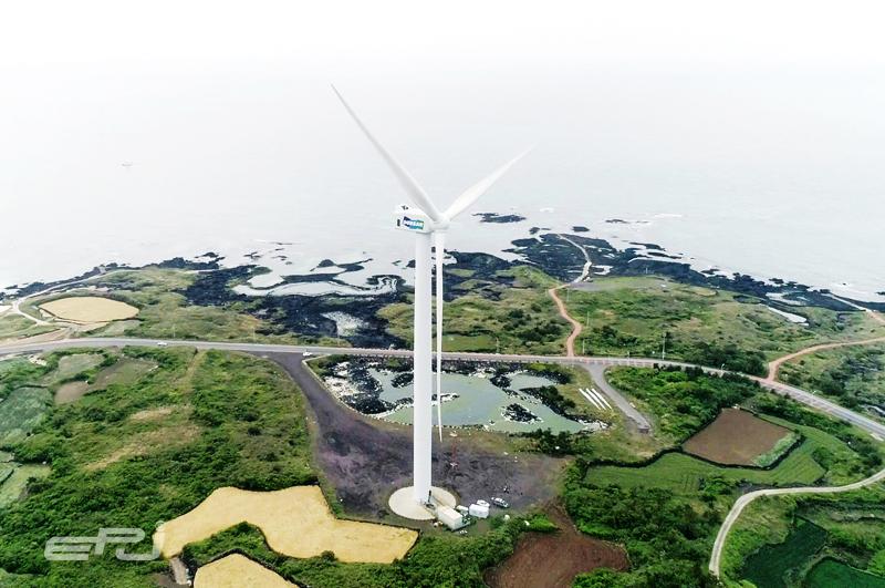 제주 김녕실증단지에 설치된 두산중공업 5.56MW 해상풍력터빈